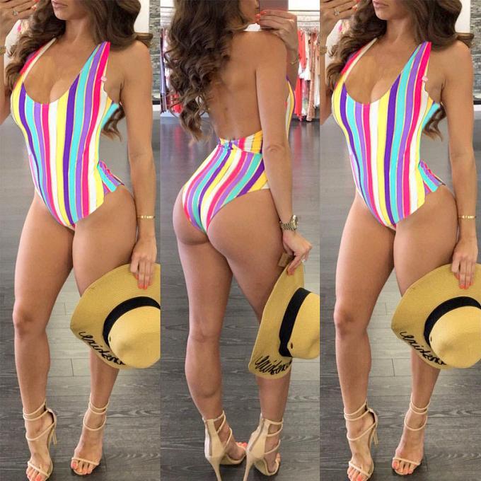 costume-de-baie-ieftine-modele-sexi-2018-online-img444443252351z213423567886988093w93366.jpg