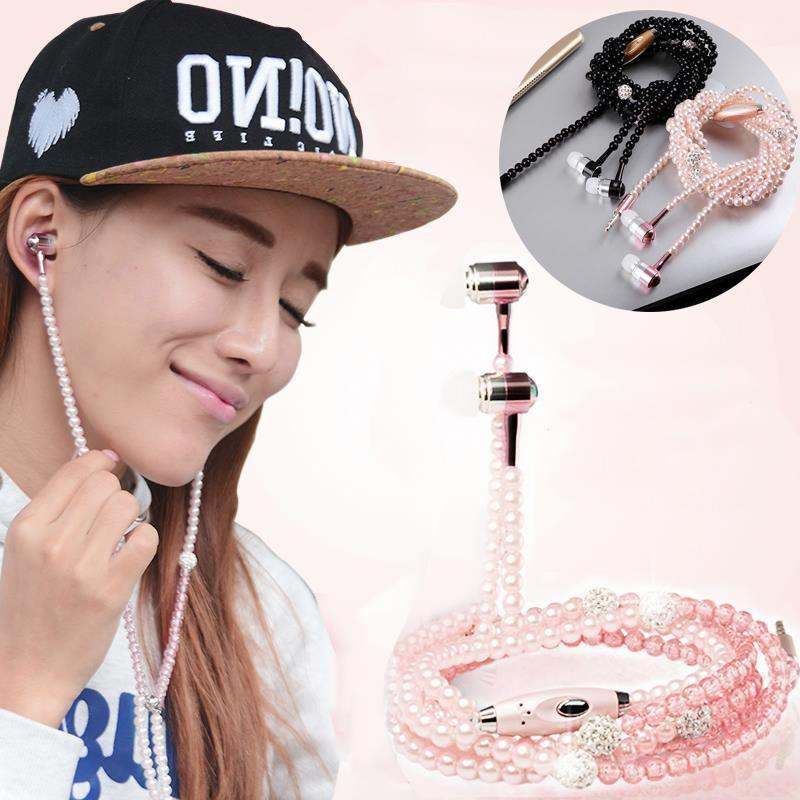 jewellery-earphone-for-smartphone-deluxe-pearls-earphones-luxury-line-type-img005.jpg